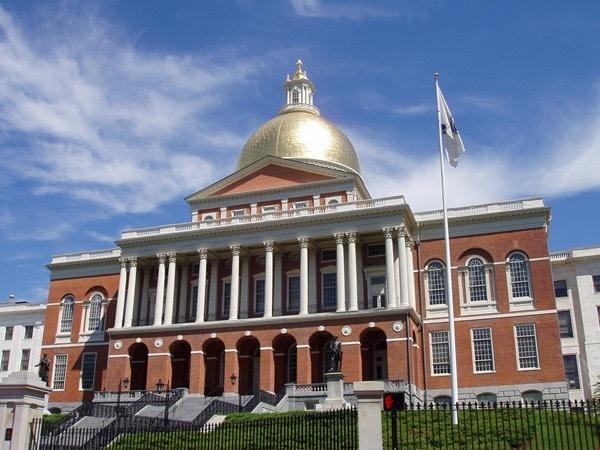 Massachusetts_State_House,_Boston,_Massachusetts_-_oblique_frontal_view