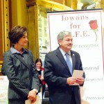 Kim Reynolds Has $1.1 Million in the Bank