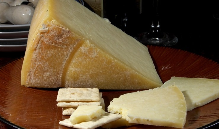 Lancashire_cheese