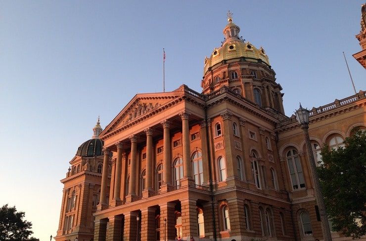 iowa-statehouse-west-sunset_thumb.jpg