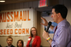 Gov. Scott Walker (R-WI) speaks at the Westside Conservative Breakfast at the Machine Shed in Urbandale, IA on 4/25/15Photo credit: Dave Davidson (Prezography.com)