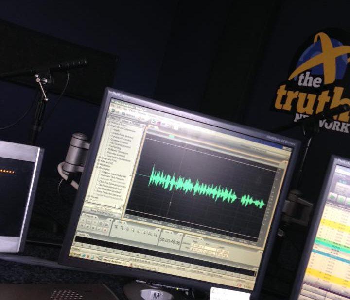 truth-993-studio