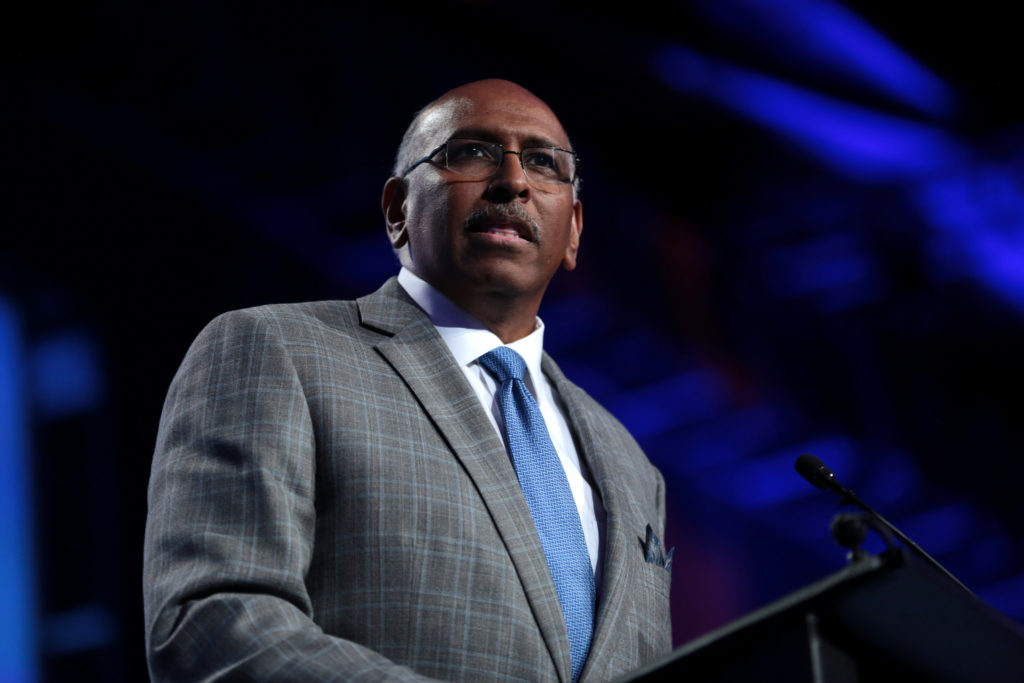 Michael Steele speaking with attendees at the 2017 National Council of La Raza